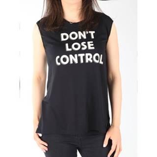 Tielka a tričká bez rukávov  T-shirt  Muscle Tank Black L42CPB01