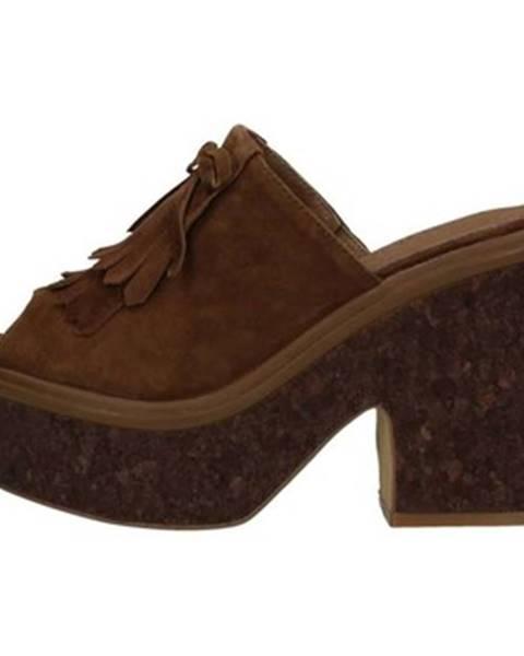 Viacfarebné sandále Saralopez