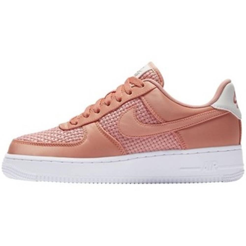 Nike Nízke tenisky  Wmns Air Force 1 07 SE
