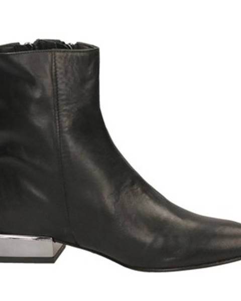Čierne topánky Salvador Ribes