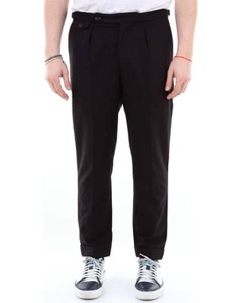 Čierne nohavice C.9.3
