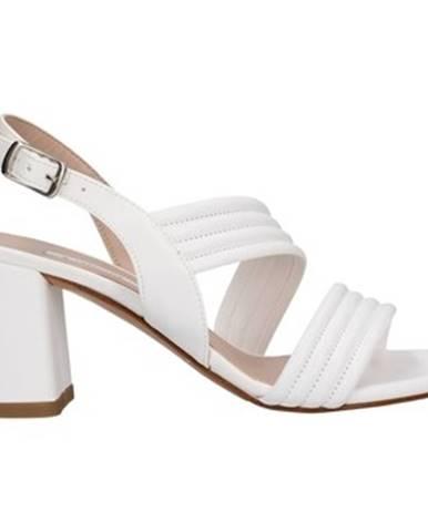 Biele sandále L'amour