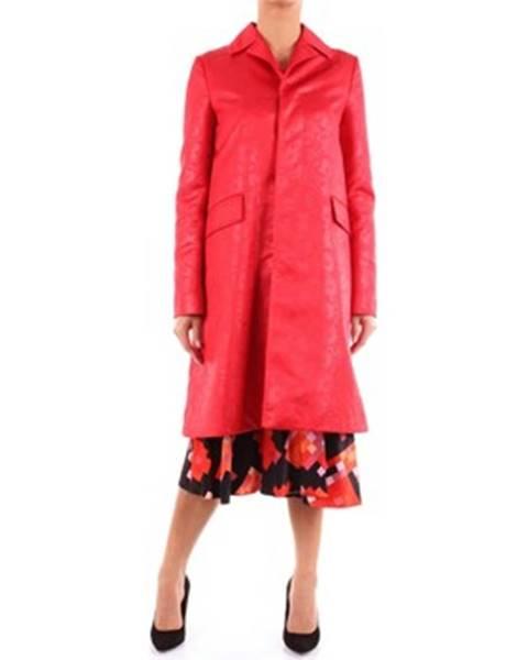Červený kabát Marni