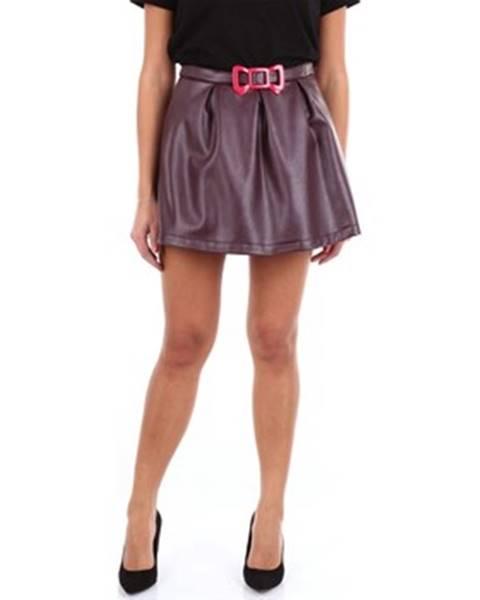 Červená sukňa Moschino