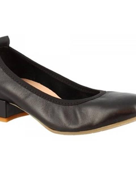 Čierne lodičky Leonardo Shoes