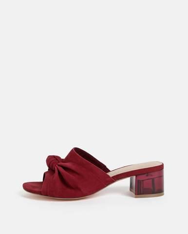 Vínové sandále Tamaris