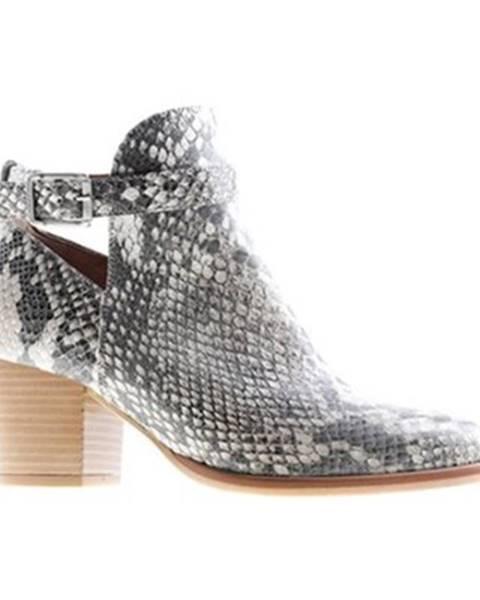 Béžové topánky